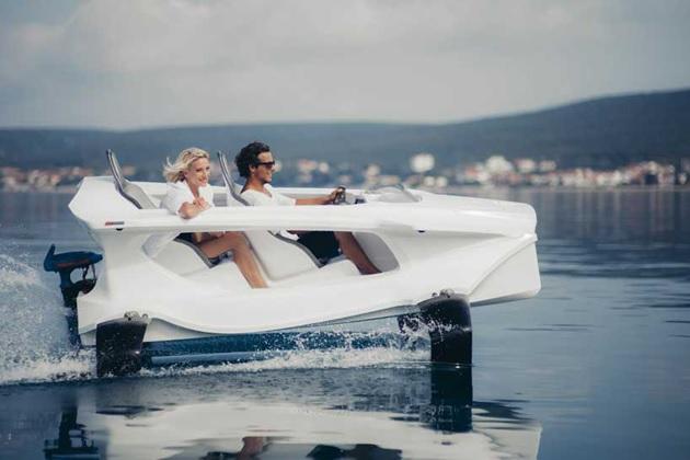 Quadrofoil Electric Personal Watercraft (1)