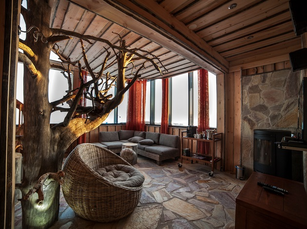 Incredible Eagles View Suite at Iso Syote Hotel in Finland (3)