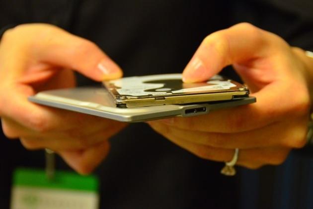 Seagate Seven Thinnest 500GB Portable Hard Drive (2)