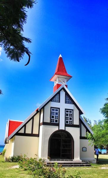 cap malheureux church