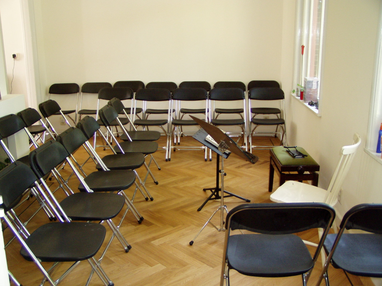Empty seats before the first concert at the Monument House Utrecht