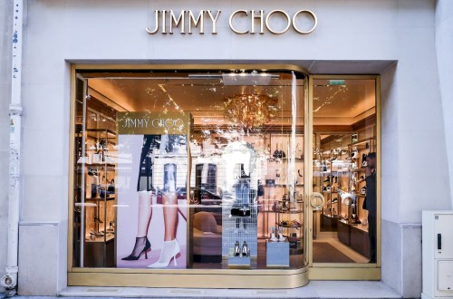 Jimmy Choo巴黎蒙田店 ,Jimmy Choo,巴黎蒙田店,巴黎,fashion,JimmyChoo avenue Montaigne,avenue Montaigne,Montaigne,周仰傑,Romy 85,paris,kylie,法國,巴黎,時尚,bonjour kylie,kylie in wonderland,凱莉的異想世界