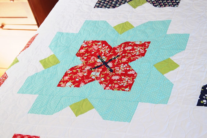 Fleur, a quilt pattern by Kirsty of Bonjour Quilts. Made in Vintage Picnic by Bonnie and Camille