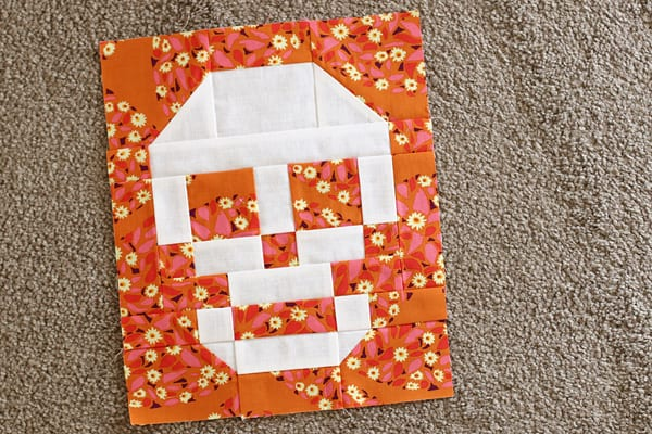 Skull Patchwork block free tutorial on Bonjour Quilts