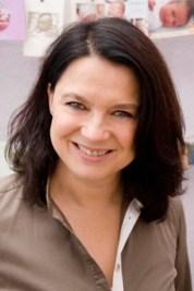 Sofie Sobkowiak, Hebamme seit 1990