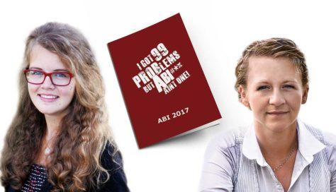 Friederike Lötters (li.) mit Catherine Daglis (re.) und der Abizeitung