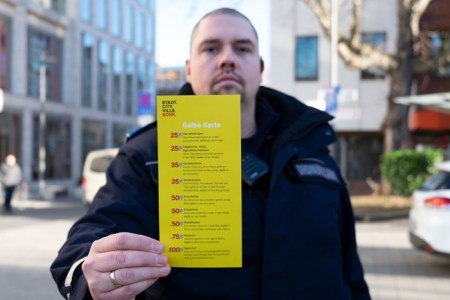 Gelbe Karte für Müllsünder: Stadtordnungsdienst nimmt Sauberkeit verstärkt in den Blick