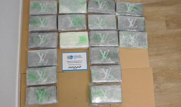 Rheinbach Euskirchen Köln Bonn: Verkehrskontrolle auf der Autobahn 61 bei Rheinbach: Polizei stellt 18 Kilogramm Kokain sicher