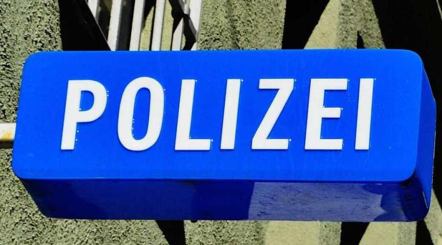 Vorsicht vor angeblich von DHL stammender Fake-SMS – Polizei warnt vor Betrugsmasche