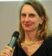 Kommunikationsexpertin Dr. Christine Lötters