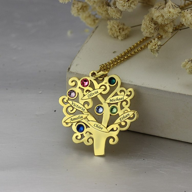 family necklace in gold