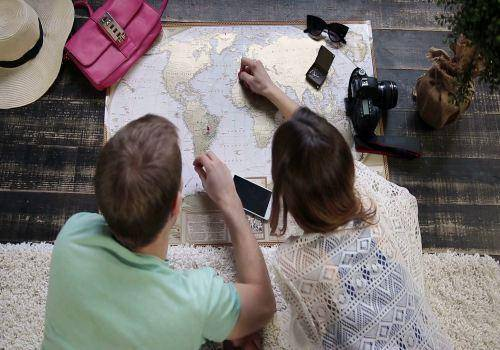 couple planning for travelling