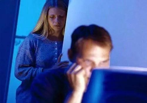 husband-watching-porn
