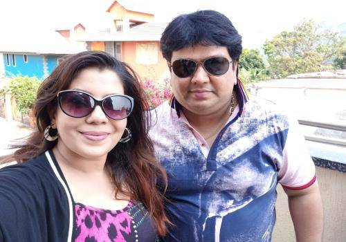 Kanishka and Amit are living in a joint family and love the bustle all around them.