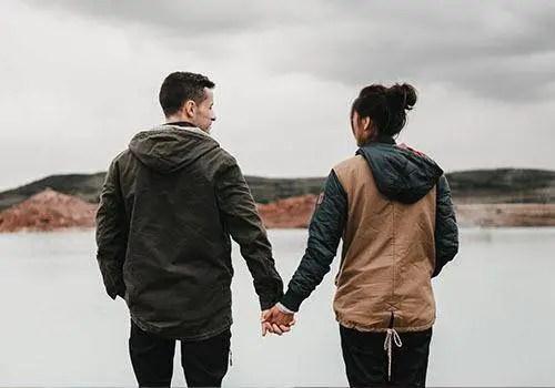 loving selfish girlfriend too much that she change