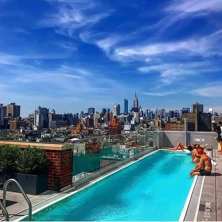 Mr Purple un rooftop avec piscine en plein Lower East Side