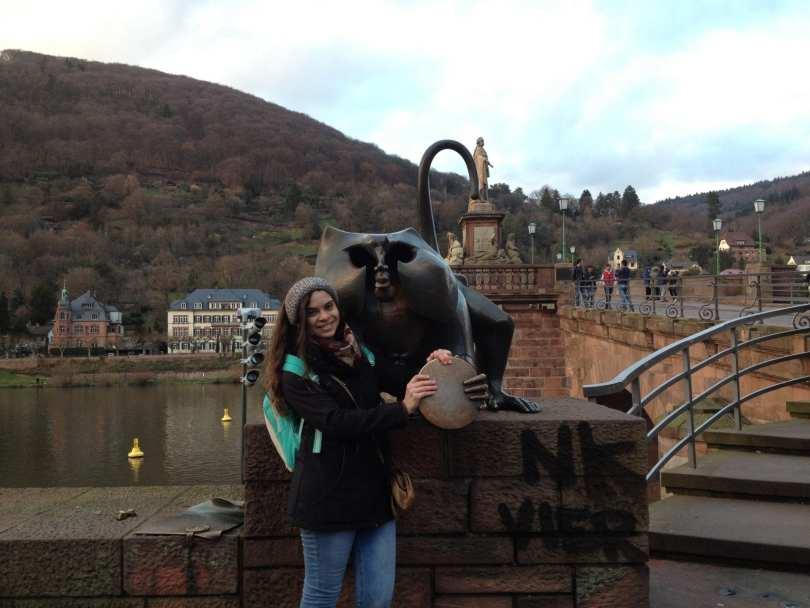 Brückenaffe em Heidelberg na Alemanha