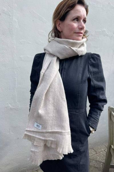 Alpaca shawl ecru INTI knitwear