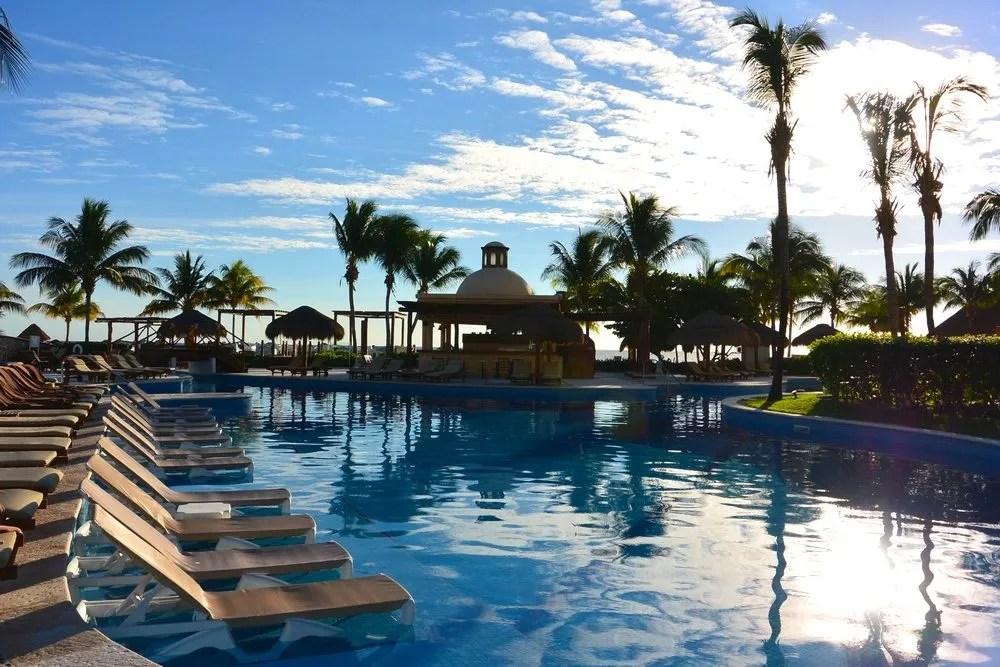 Excellence Riviera Cancun Review - Bon Traveler