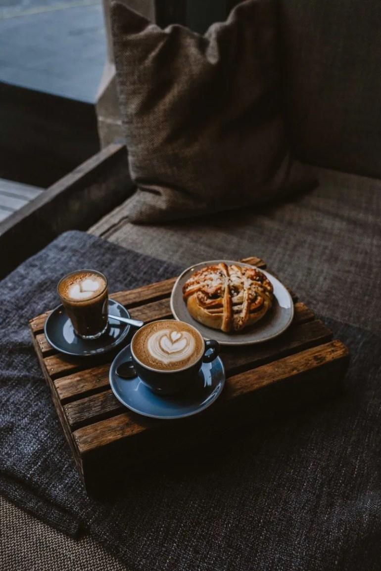 10 Edinburgh Coffee Shops Not to Miss