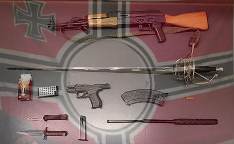 Das sind die Waffen der Neonazis und Rechtsextremen