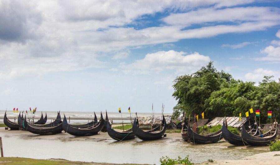 Bangladesh, populous land of the Bengalis!