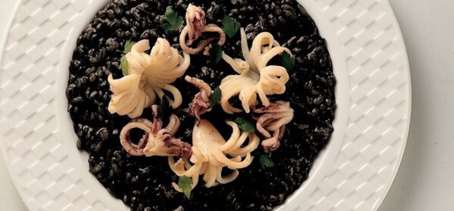 BEST of Croatia food : Crni Rizot, black cuttlefish risotto!