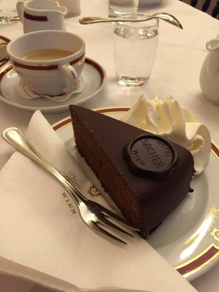 Best Cafes and Coffee Houses in Vienna !