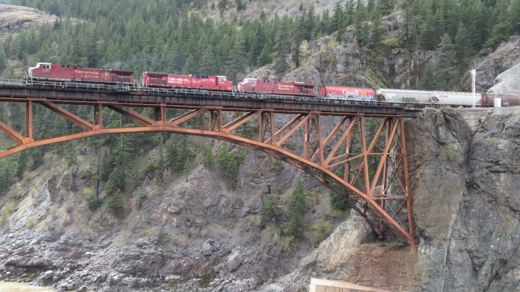 Imagine the heroism required to build this bridge ! Rocky Mountaineer ~ The Trip of a Lifetime ...