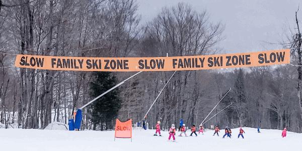 skiing-with-kids-family-ski-zone