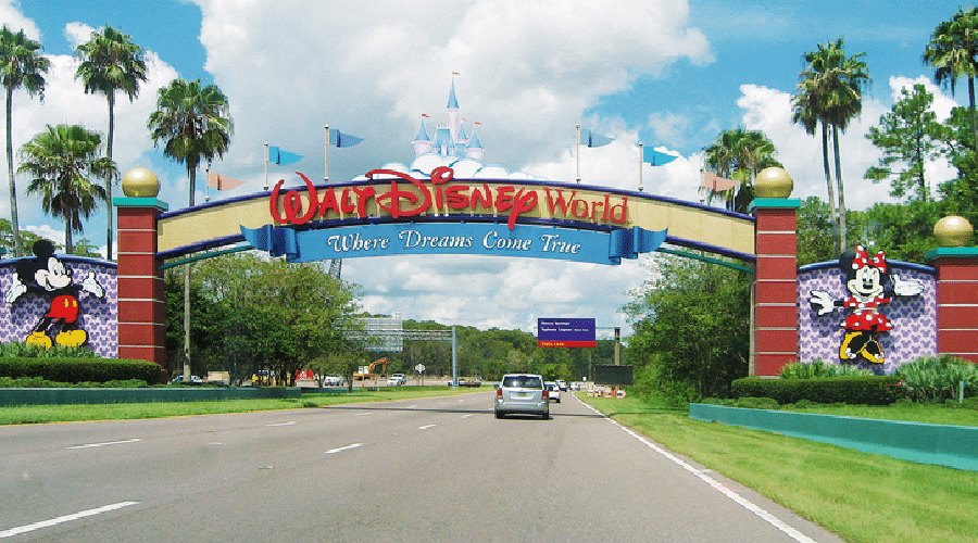 best rides at disney world entrance