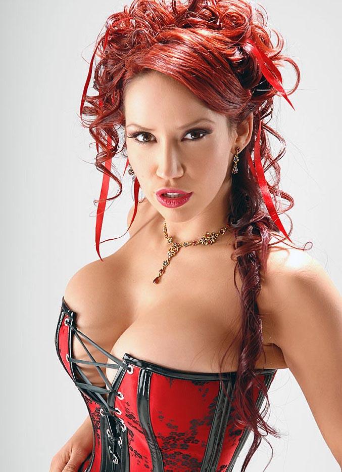 https://i0.wp.com/www.boobpedia.com/butler/images/1/1f/Bianca_Beauchamp_kamui99_01.jpg