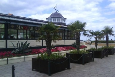 thumbs_makcaris-hernebay-bandstand-01