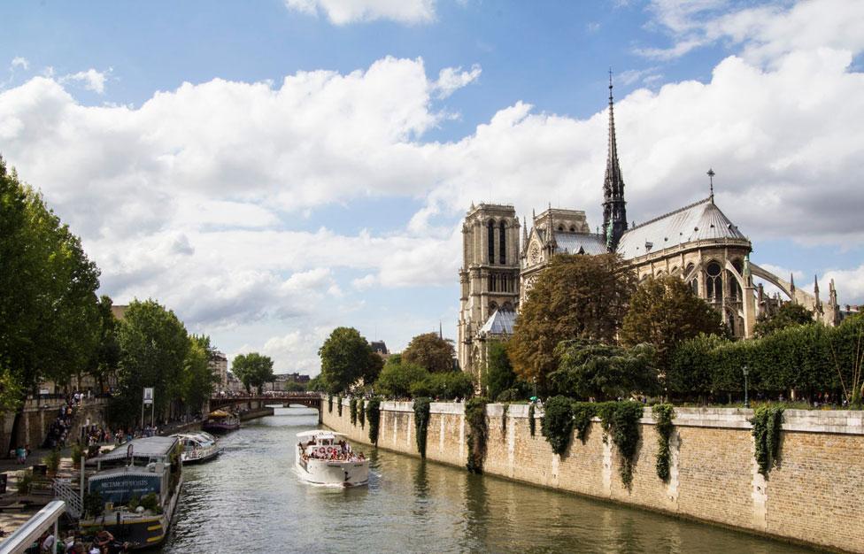 Appartement meubl  louer quartier Saint Michel  Paris