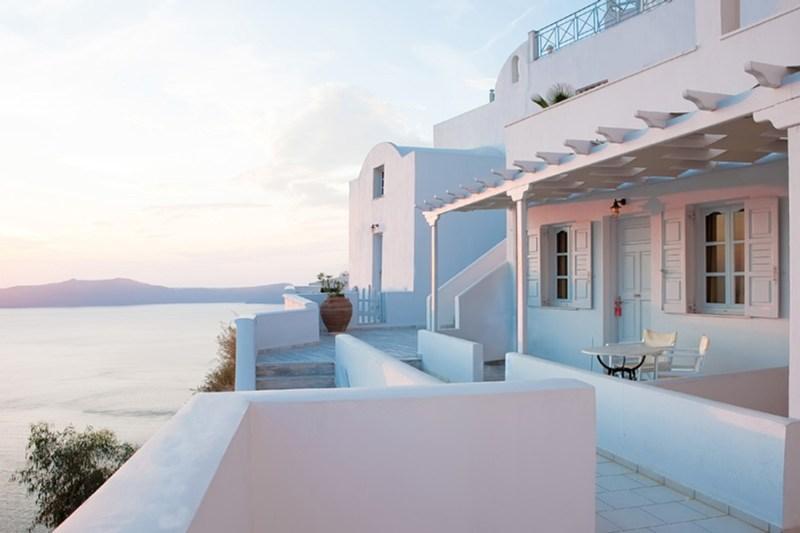 tzekos villas in fira greece