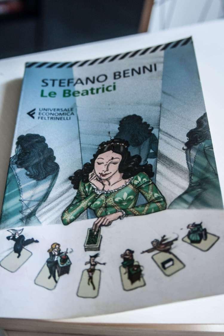 """""""Le Beatrici"""" e la dissacrante ironia di Stefano Benni sul genere femminile"""