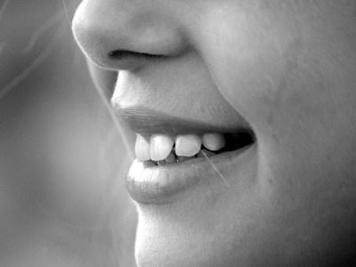 Poeticamentevenerdì – Il tuo Sorriso, Pablo Neruda
