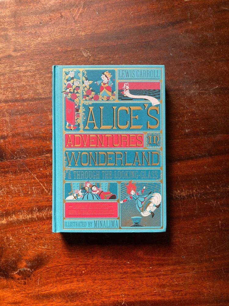 le avventure di alice nel paese delle meraviglie recensione libro