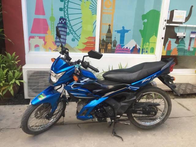 Rent motorbike Boracay