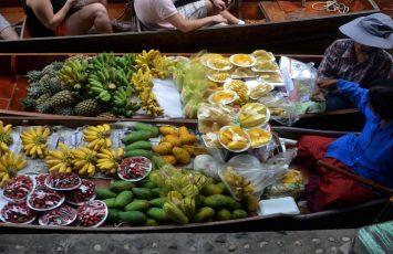 Floating fruit market, Bangkok, Thailand