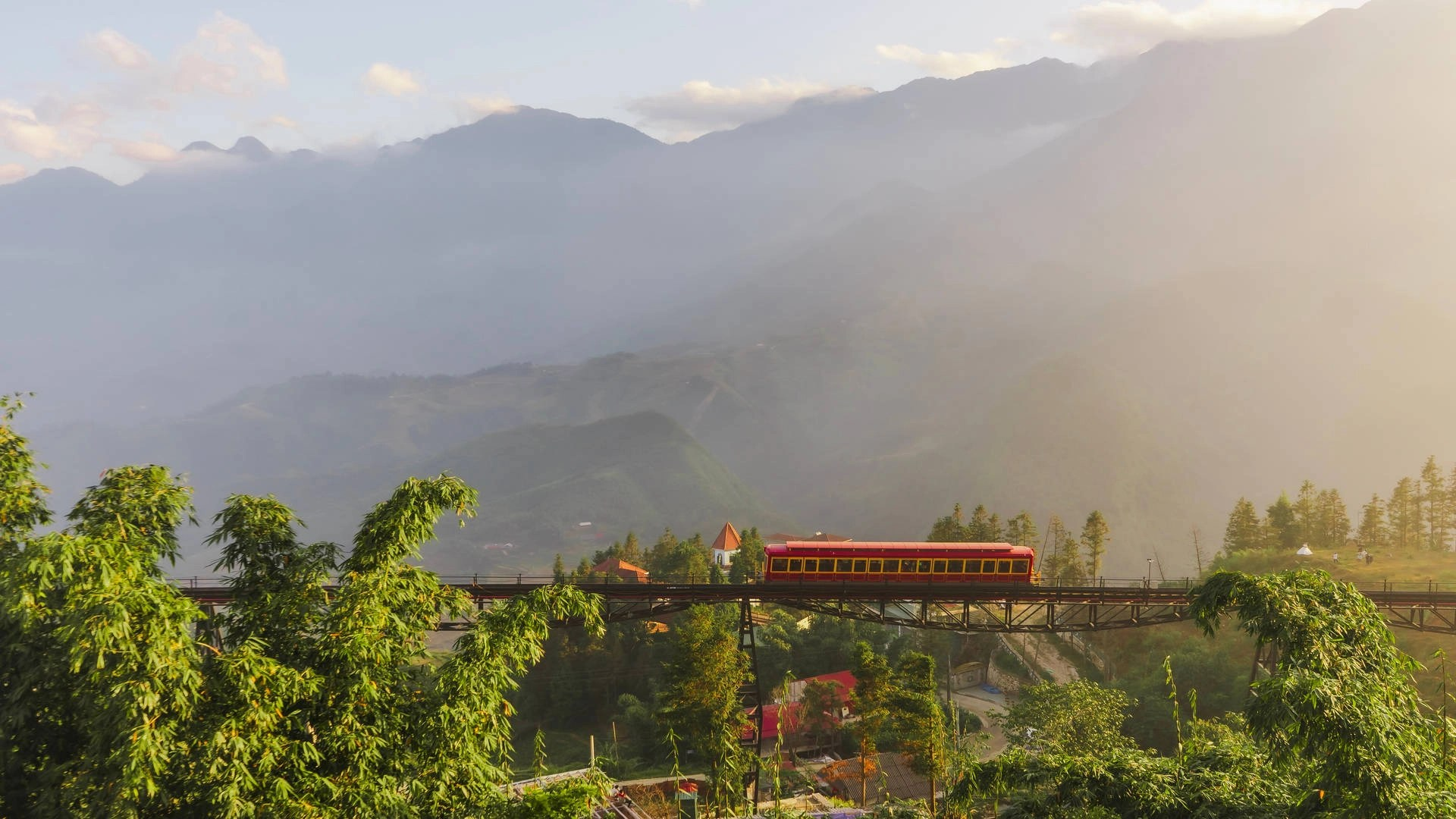 The midnight train from Hanoi to Sapa: A traveler review