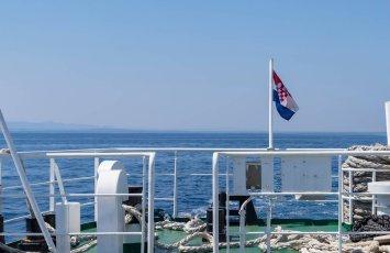 Hvar ferry