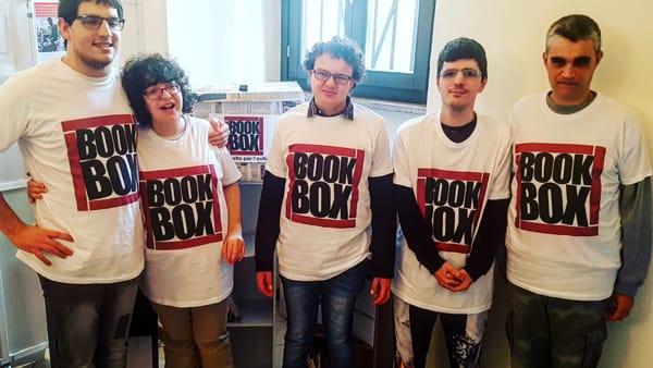 L'Italia Che Lavora: Grazie a Bookbox – Squadre di Autistici librai Invadono la Penisola