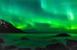 northern-lights-arctic