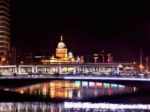 Dublin Liffey Night | Book FHR Travel Blog