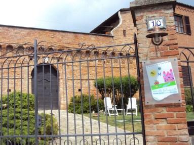 Facciata - Agriturismo Ma Che Bel Castello - Maranzana - Asti - BookingPiemonte