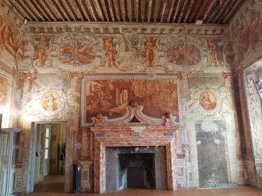 Palazzo_Marini_Borgofranco_d'Ivrea_Italia_7