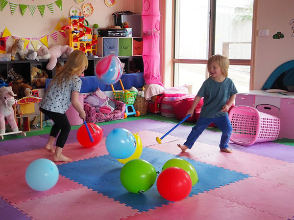 5 Indoor Games For Kids Using Balloons