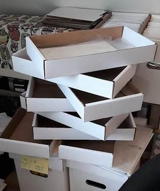 Kartonstapel amerikanische Shortboxes