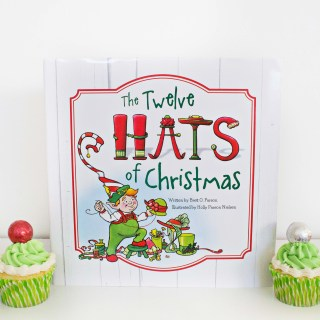 """The 12 Hats of Christmas"" inspired Holiday Hat Cupcakes"
